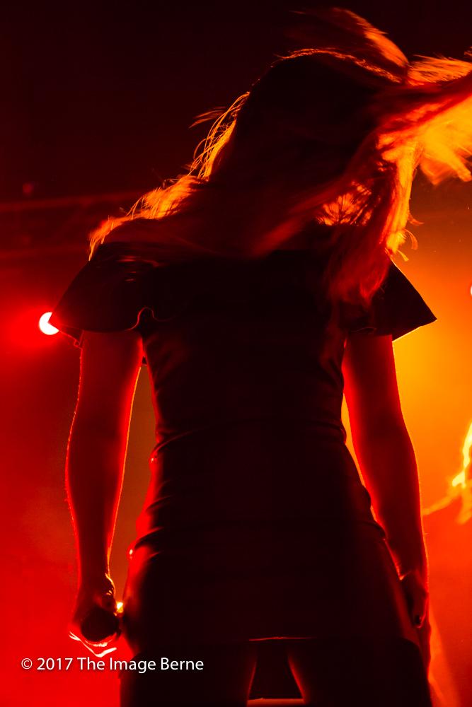 Simone Simons-027.jpg