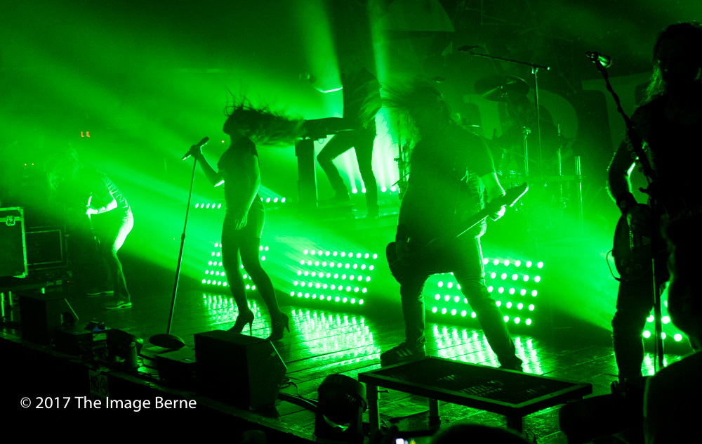 Simone Simons-071.jpg