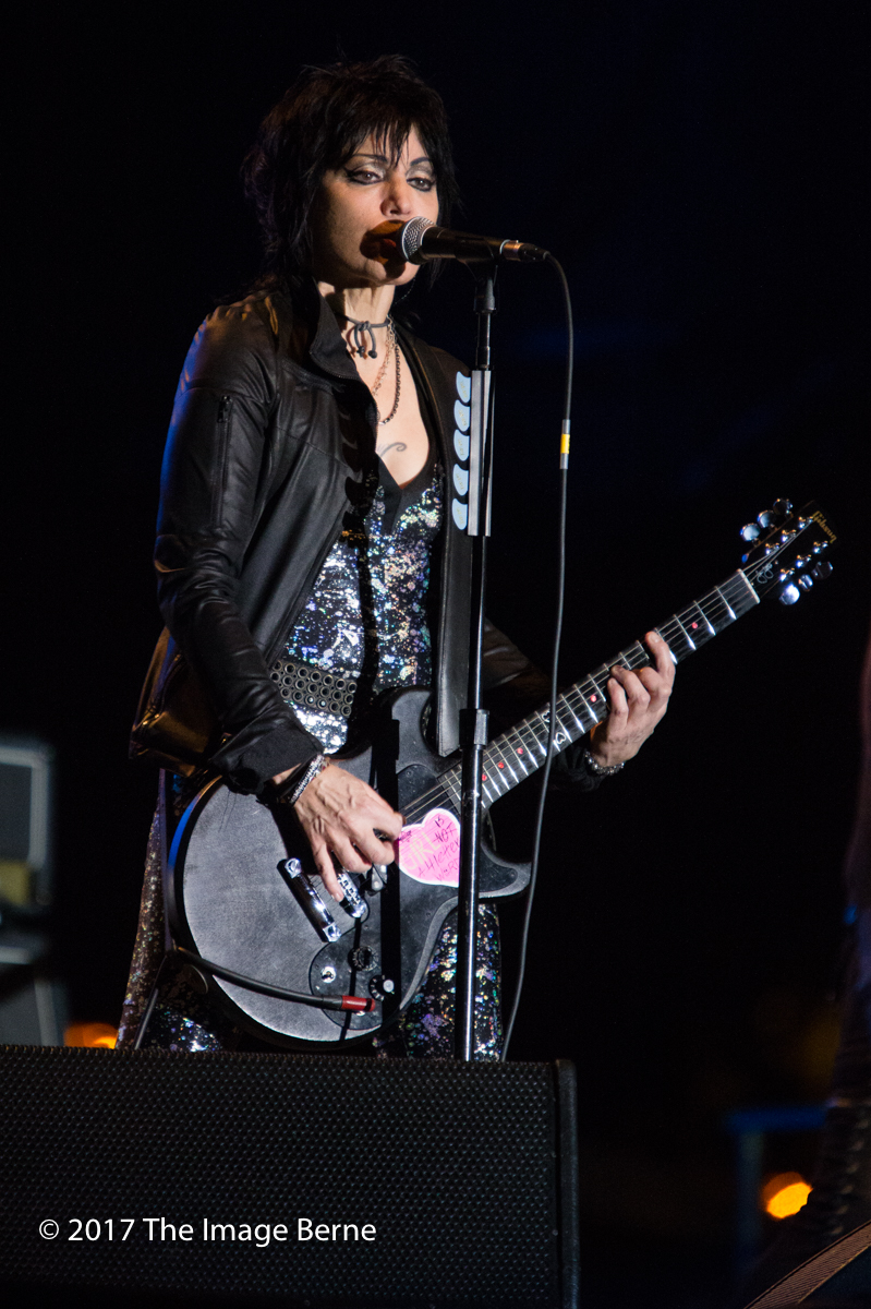 Joan Jett & The Blackhearts-132.jpg