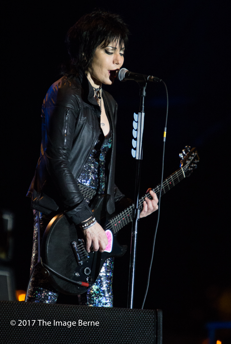 Joan Jett & The Blackhearts-134.jpg