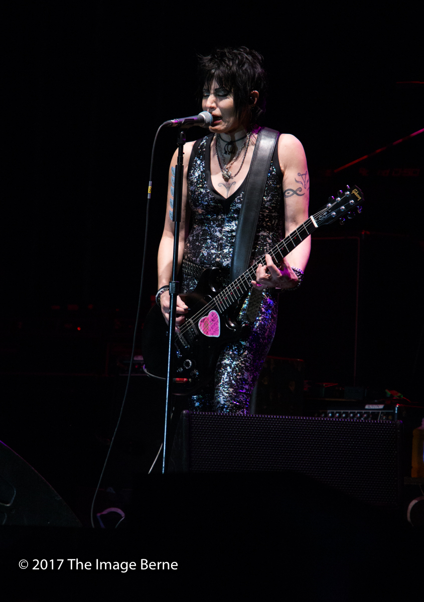Joan Jett & The Blackhearts-146.jpg