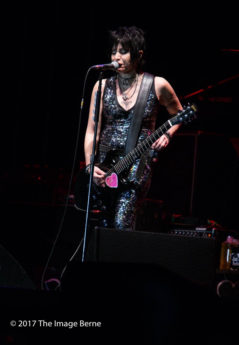 Joan Jett & The Blackhearts-147.jpg