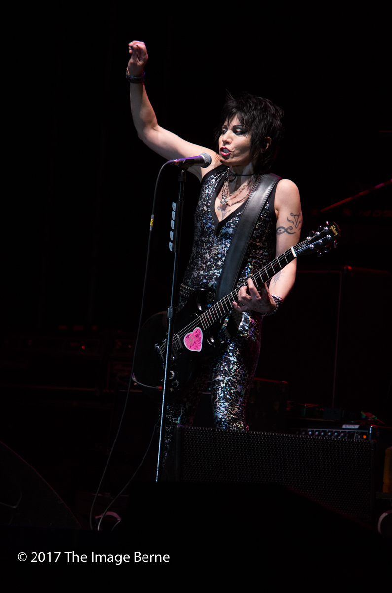 Joan Jett & The Blackhearts-148.jpg