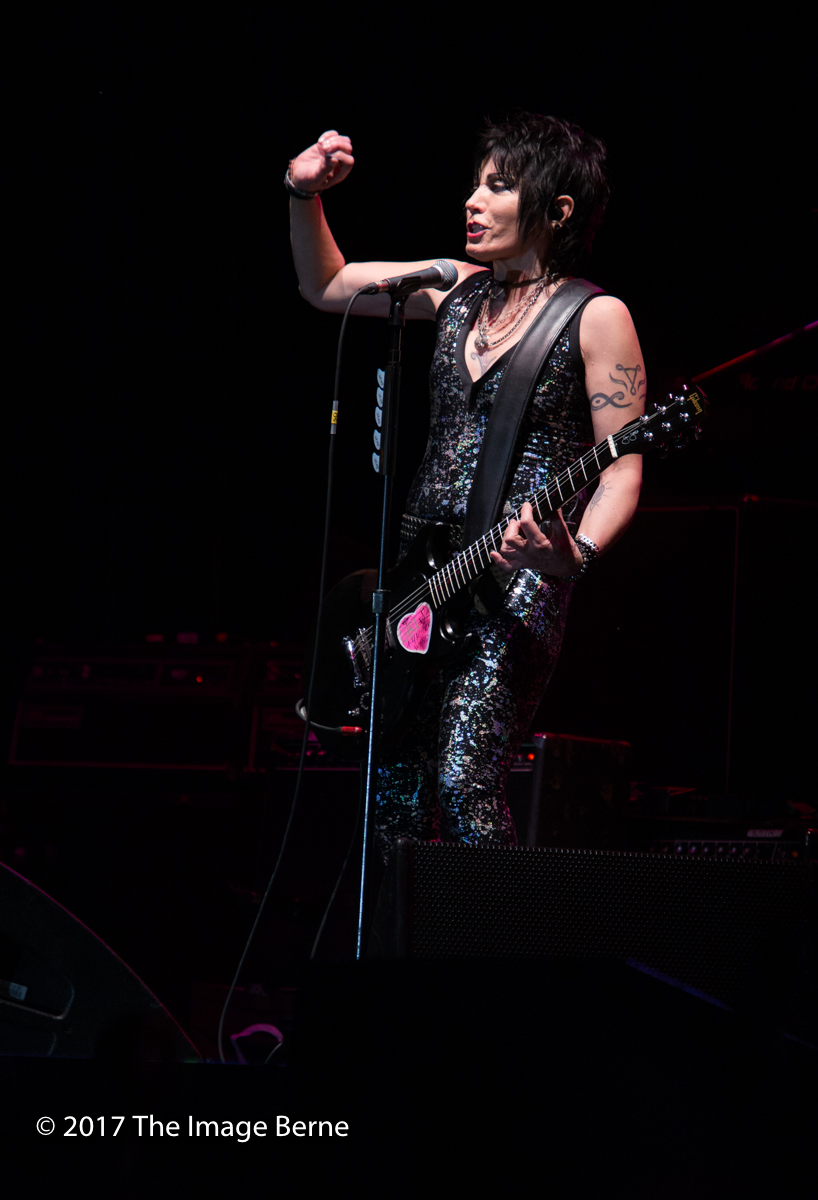 Joan Jett & The Blackhearts-149.jpg