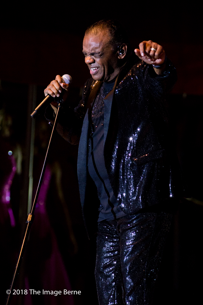 Ronald Isley-067.jpg
