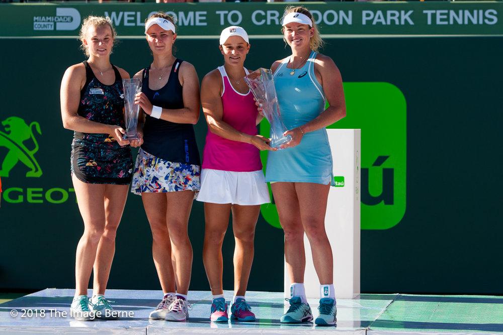 Ashleigh Barty, CoCo Vandeweghe, Barbora Krejcikova, Katerina Siniakova-170.jpg