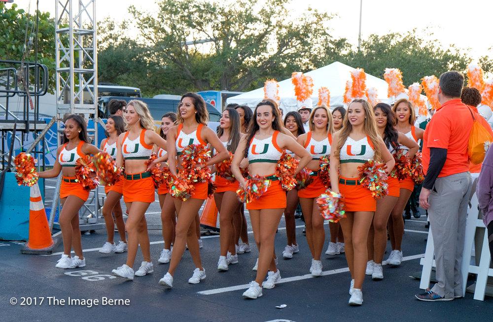 Cheerleaders-059.jpg