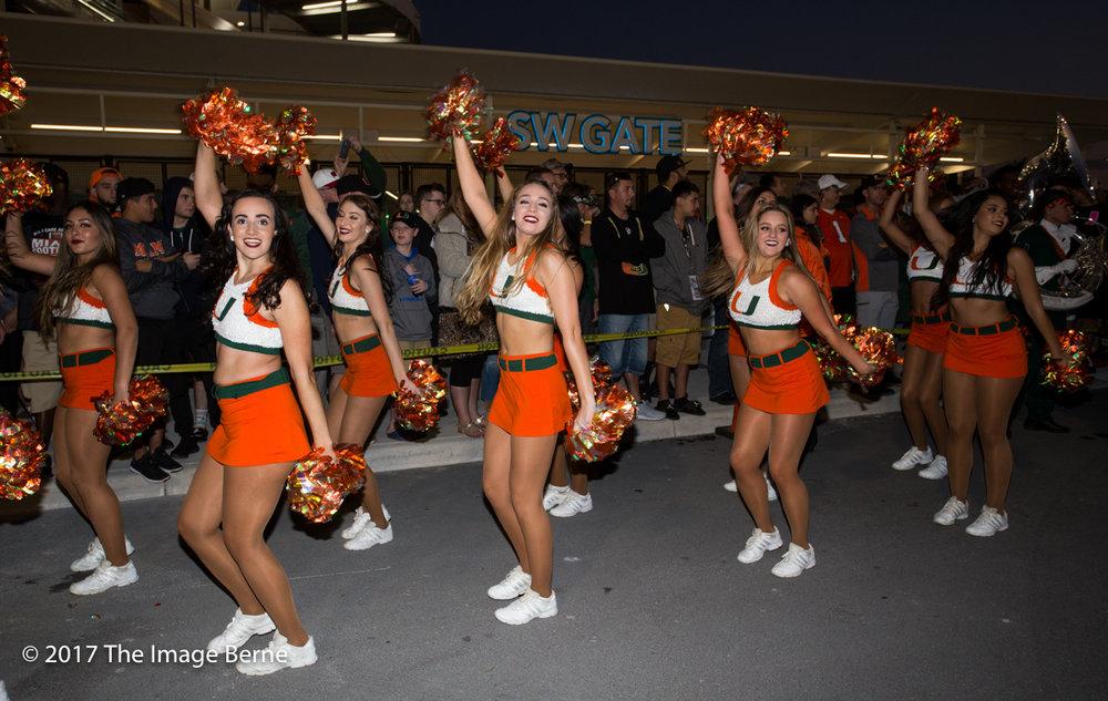 Cheerleaders-084.jpg