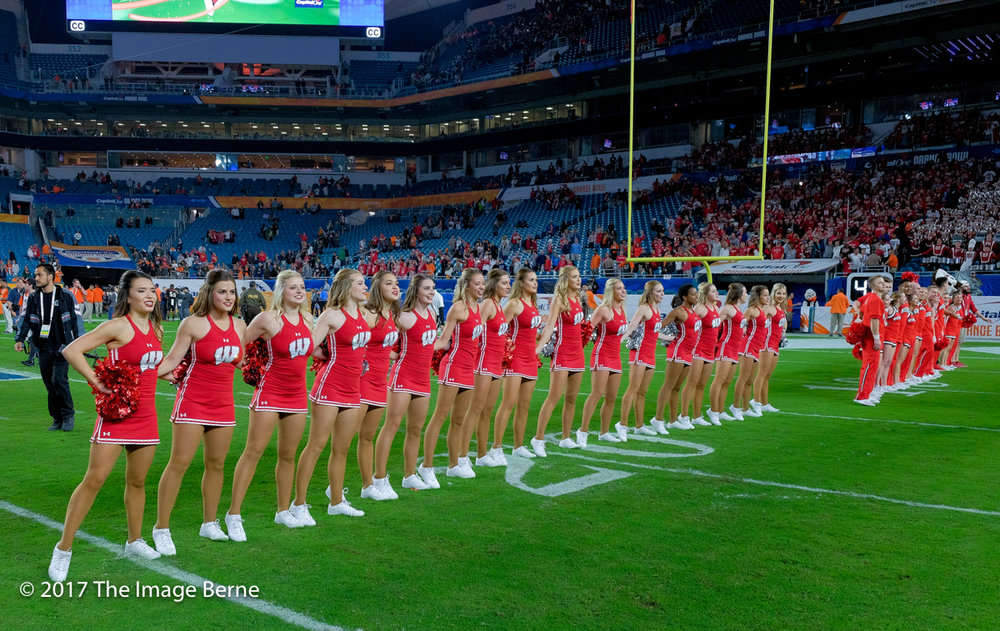 Cheerleaders-122.jpg