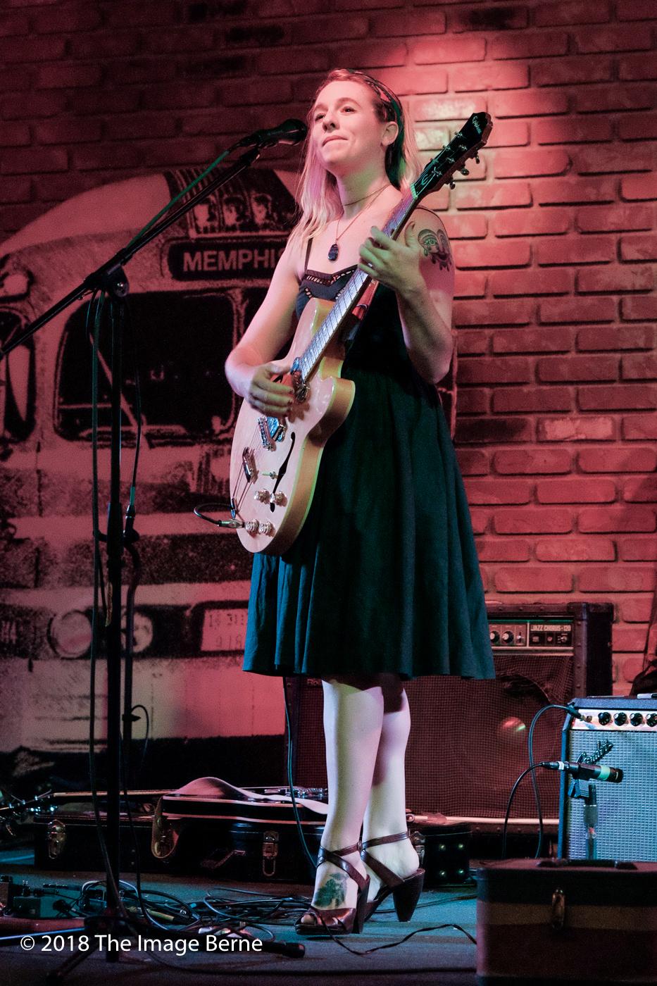 Lindsey Mills-065.jpg