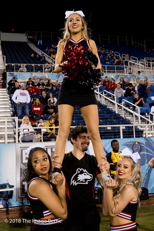 Cheerleaders-09.jpg