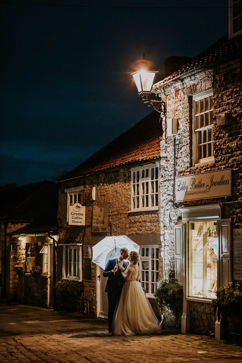 wedding photographer at The Black Swan Helmsley