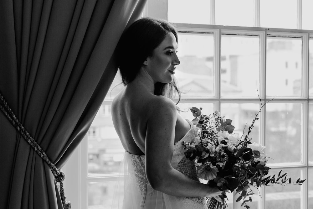 bridal portrait at Manchester Hall