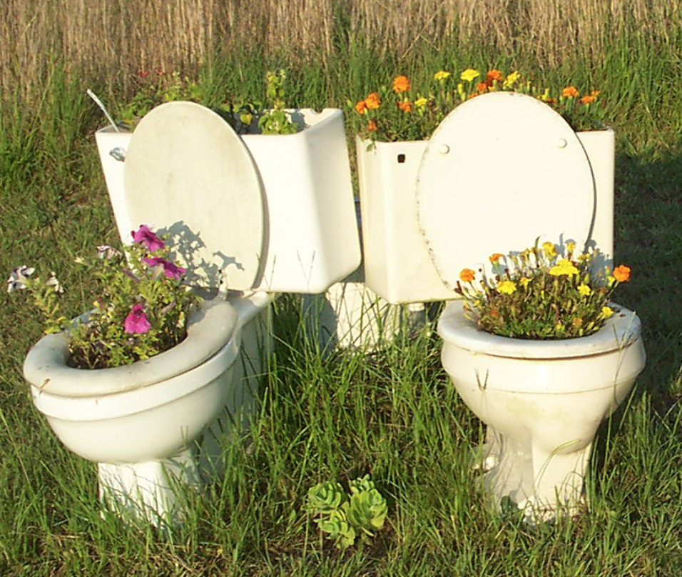 Getting Down and Dirty with Composting Toilets   When we think about waste, we often think about the waste generated through material use, not the nutrient 'waste' generated by people and animals. Conversations about waste tend to focus on ways to r educe material waste...