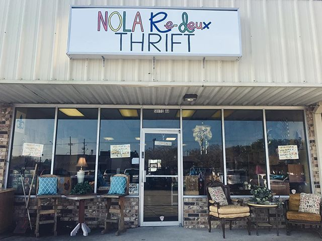 Do you follow us on Facebook? Do you see our new events? Do you know we're having a huge HOLIDAY BLOWOUT SIDEWALK SALE this weekend? We're partnering up with NOLA Re-Deux Thrift to bring you the best holiday deals. They will be open inside, we will be set up outside under tents. Stop by this SUNDAY between 9AM and 5PM to check it out. #neworleansestatesale #holidayblowout #holidaysareontheirway