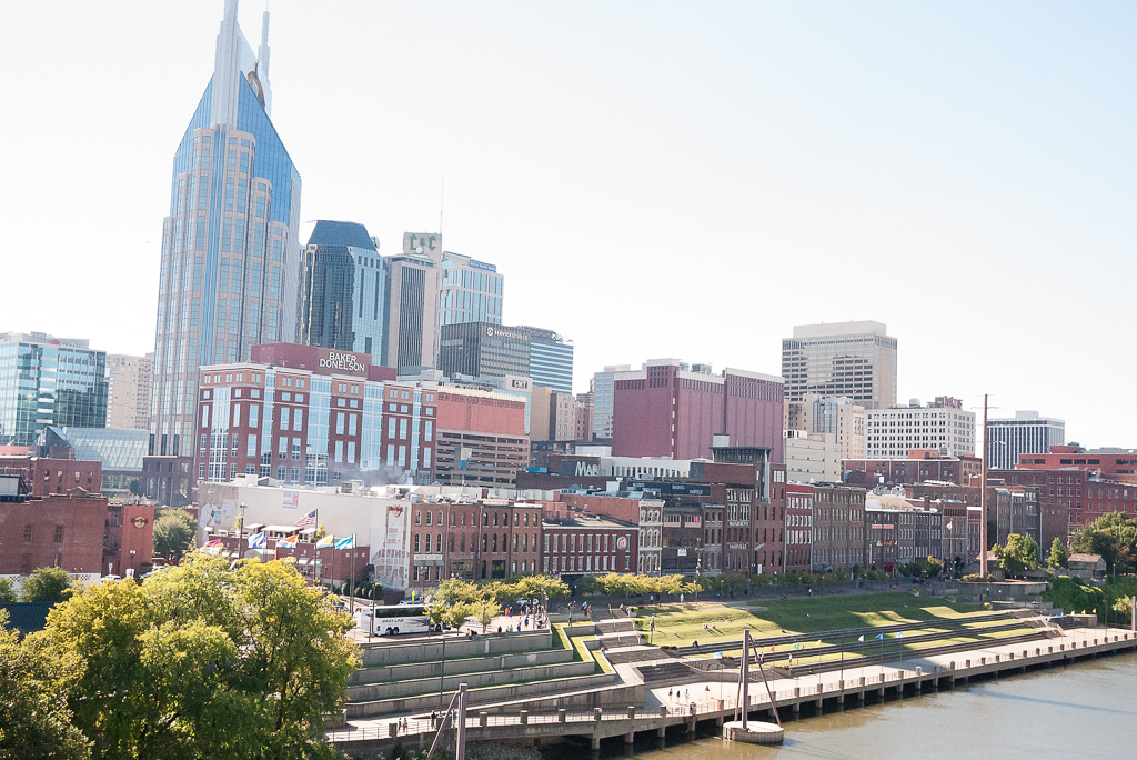 wine-on-the-river-nashville -downtown