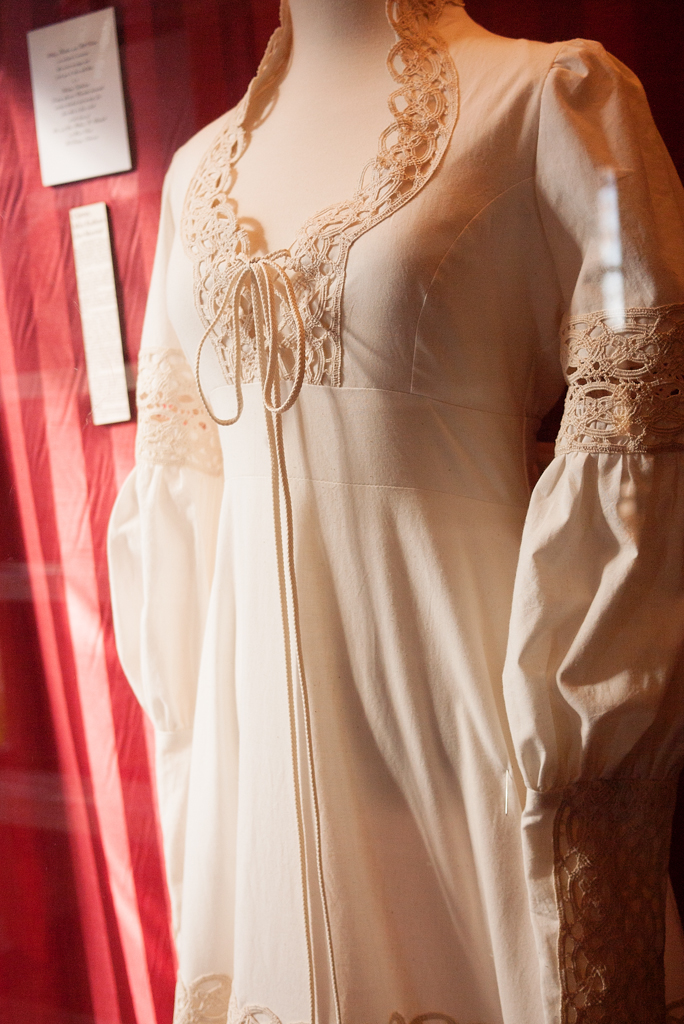Hillary Clinton's wedding dress
