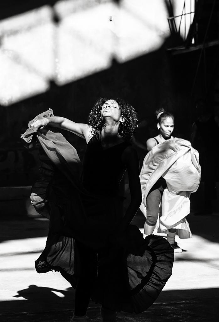 Cuba-Dance-Folk-ginkaville.com--2