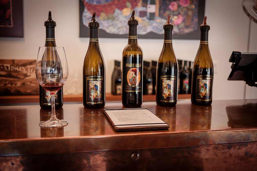 Monterey Wine Wine Tasting | Cane & Spur | Guided Wine Tour Through Monterey | Monterey Wine Country via @ginkaville + ginkaville.com