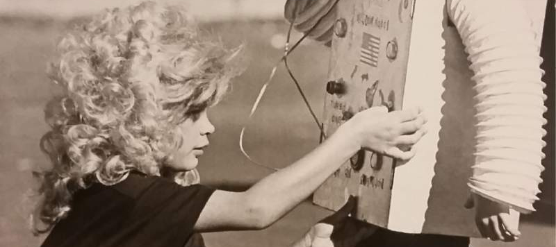 'Dolly Parton' Helps a Robot (Tim Baker,  the Press Democrat Archives , 1984)