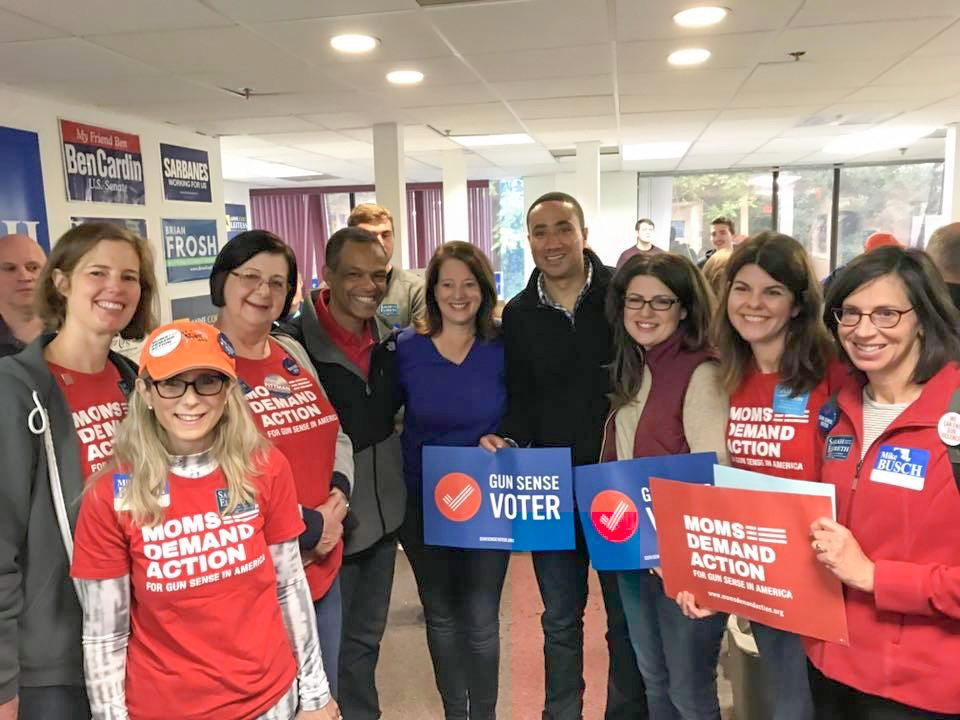 Moms Demand Action for Gun Sense in America volunteers, Senator Will Smith, and Senate-nominee Malcolm Augustine volunteer for the campaign!