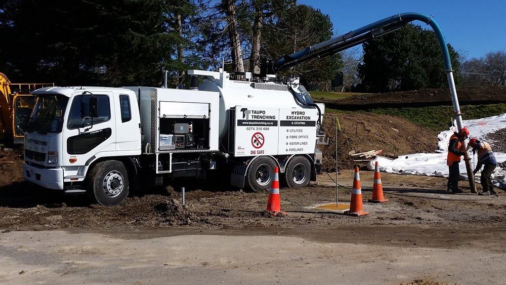 Hydro excavator training program -