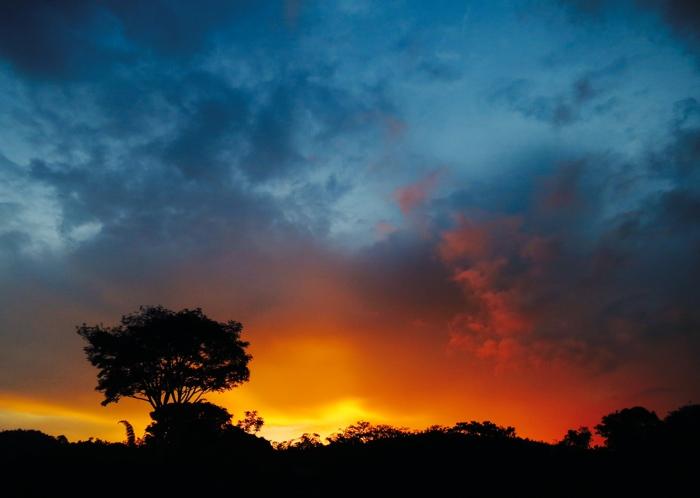 sunsetcliche.jpg