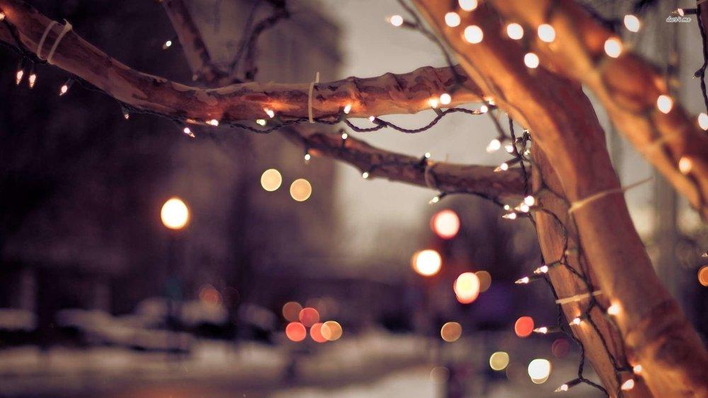 16443-christmas-lights-on-the-street-1920x1080-holiday-wallpaper.jpg