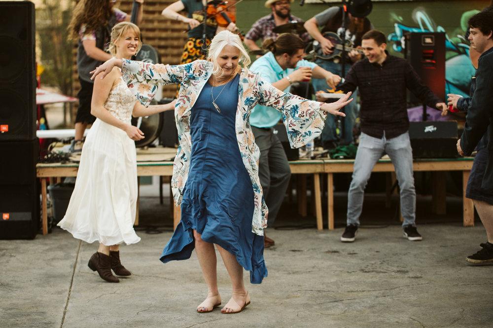 Aryn & Spencer | KC Autoworx Wedding | Black Coffee Photo Co 13.jpg