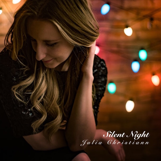 Julia Christiann :: Silent Night (Single) (2017)