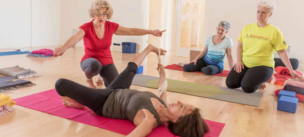 Rahel's Iyengar yoga class