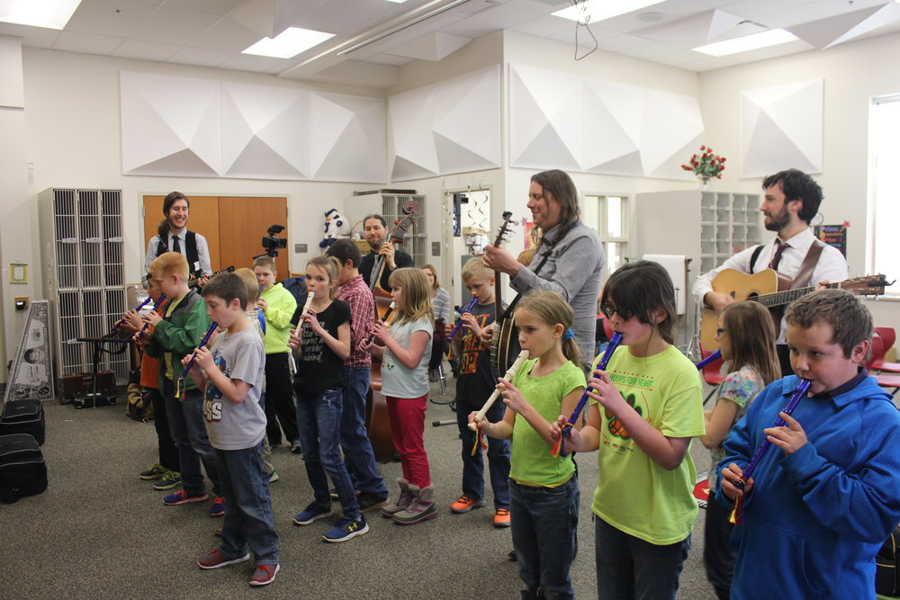 "Hanna Elementary 4th graders rehearsing ""Boil Them Cabbage Down"" for the big show! We rehearsed just like we would be playing later that night on stage, of course."