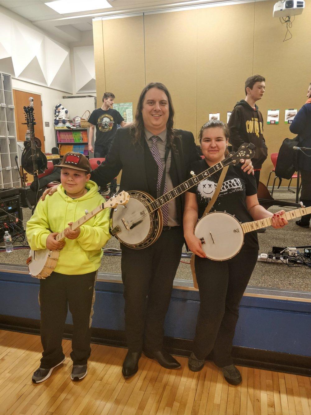 Deering Banjos  has a wonderful  Music in the Schools  program that allowed us to have 5  Goodtime  Special banjos waiting for us when we arrived in Hanna. Word is, the day after we left, four students asked to sign them out.