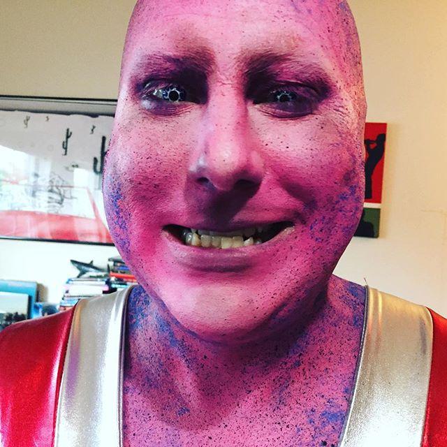 Alien #2 @americanwheeze 💄 by @smithzachry  @zackundeadfighter  #behindthescenes #bts #aliens #muaicvideo #makeup