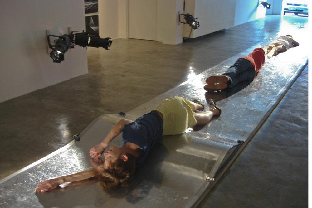 floor | piso    @ galeria barócruz 2008   + expo