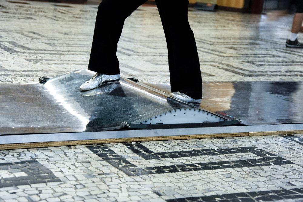 floor | piso    @ conjunto nacional 2010   + expo