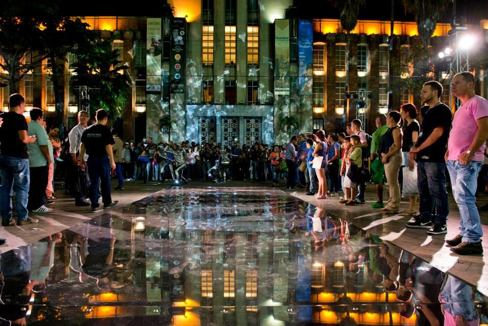 MUSEU DE ANTIOQUIA - Festival De Las Luces Medellin, Plaza BoteroMedellin I Colombia2014