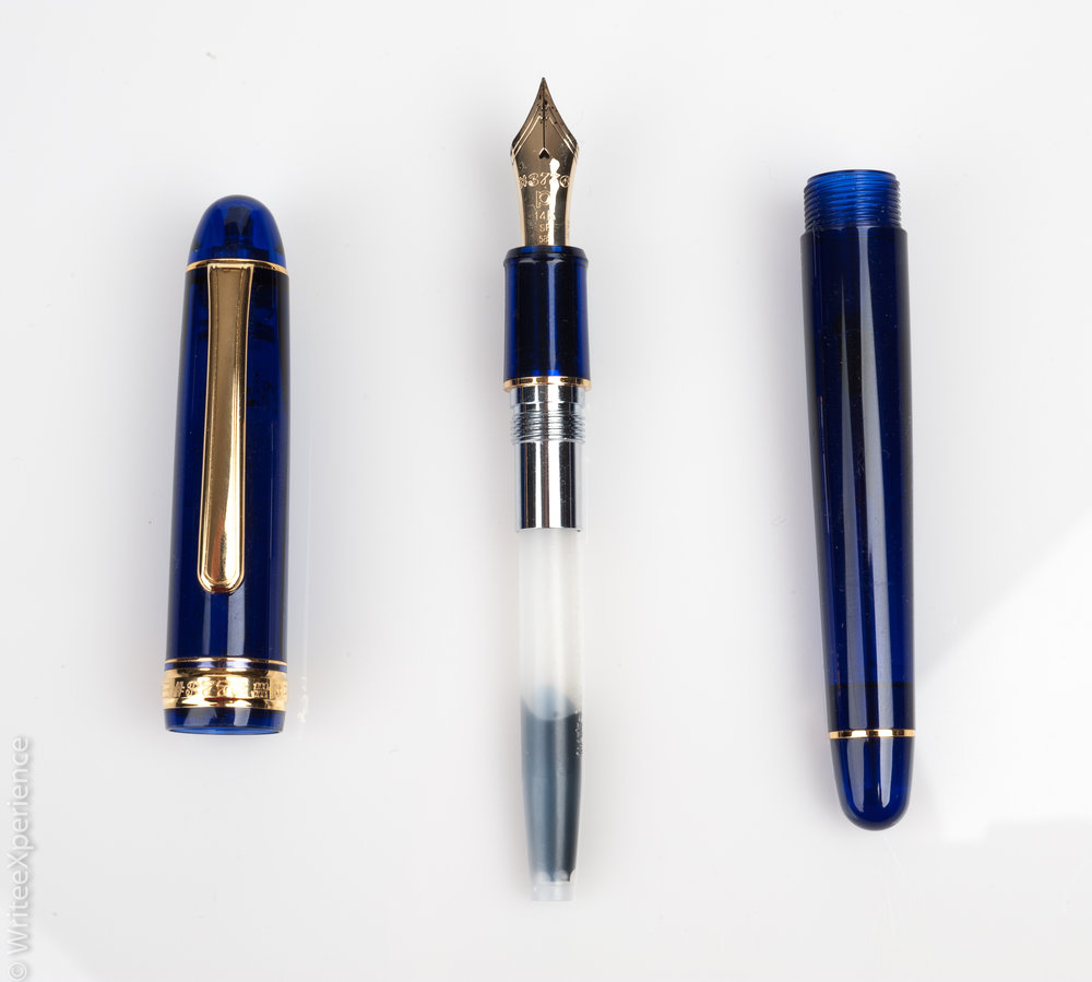 WriteeXperience-Platinum_3776_Century_Chartres_Blue_Fountain_Pen-7.jpg