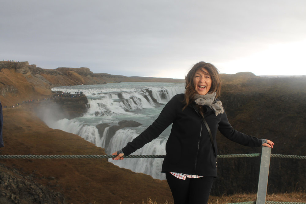 laughiung gulfoss.jpg