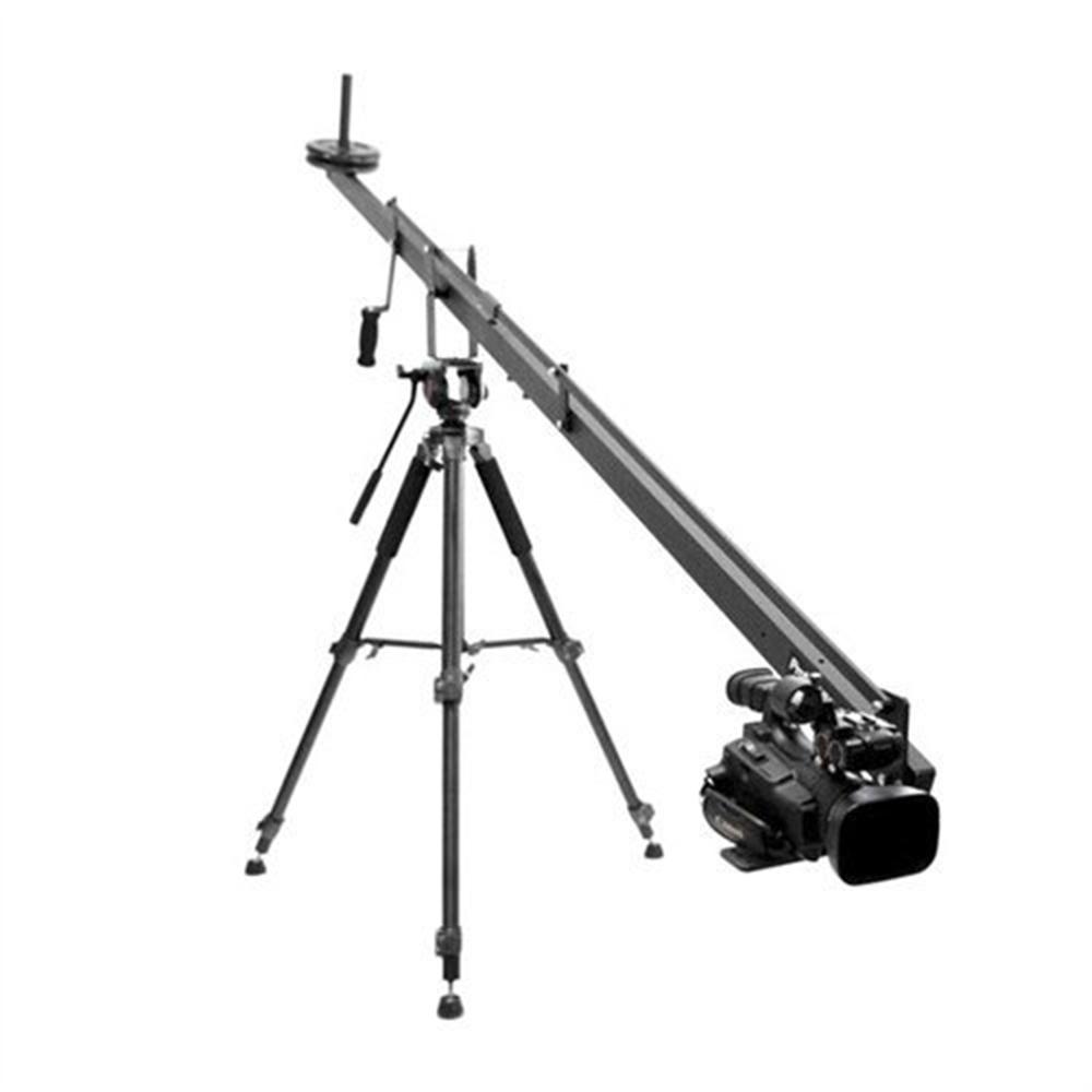ProAm Video Camera Jib Crane - Grúa para cámaras compactas de cuatro pies de largo con movimiento de tilt incluido más platos para nivelar el peso. No incluye la base de trípode.