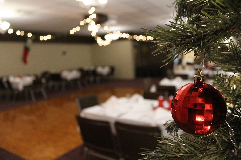 Manderley has 3 large banquet rooms that can accommodate group sizes of 30 to 200 guests!