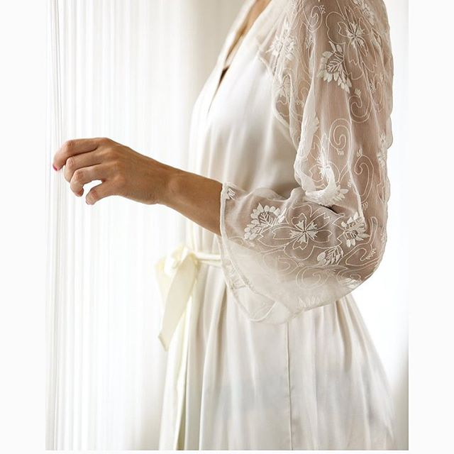 Dreams soft, embroidered silk chiffon 👰🏻 This pretty robe is made from Italian silk with the chiffon, and in it, you will feel heavenly ❤️ Photo: @helenakermelj @firstyou.beyoutiful @majchaju