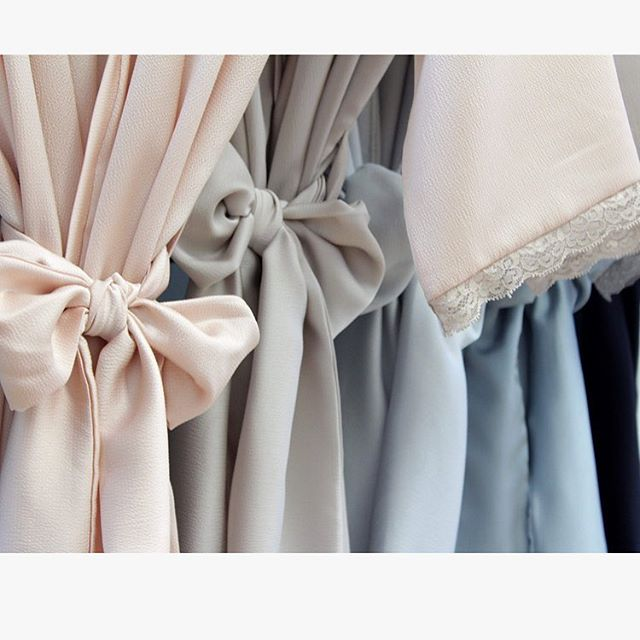 Pretty, soft, comfy new pastel sets of #bridesmaids robes 💕👰🏻 Www.evelinaapparel.etsy.com