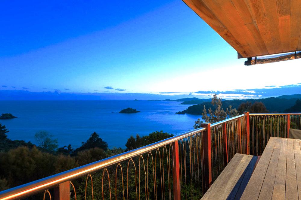 bay_of_island_beautiful_view_new_zealand_huntaway_wainui_cavalli.jpg