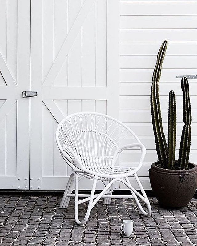 Another weekend gone but exciting things are starting this week 😌🙌🏼 hope you all had an amazing weekend and that you had some time to relax and unwind 💛 pic via @ilovelinen 🌵💫