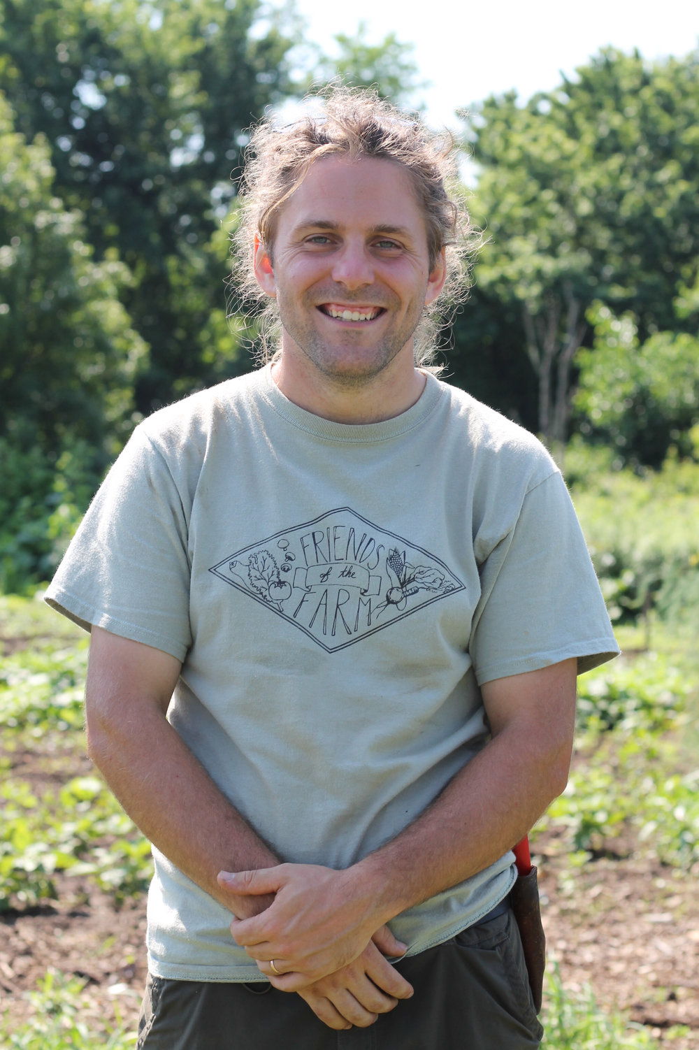 Jon - Jon is driven to bridge the gap between farm and table. He works in the fields five days a week and runs his own omelette bar at the Bryn Athyn Bounty Farm Market on Saturday mornings. In 2013 he recieved his PDC from Milkwood permaculture, and has been growing his knowlage about small scale organic farming ever since.