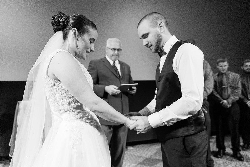 Milwaukee Wedding Photographer-13.jpg