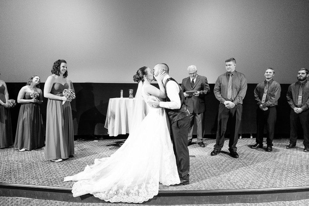 Milwaukee Wedding Photographer-15.jpg
