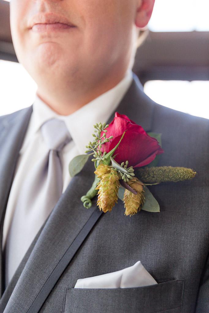The Howard Oshkosh Wedding Photographer-77.jpg