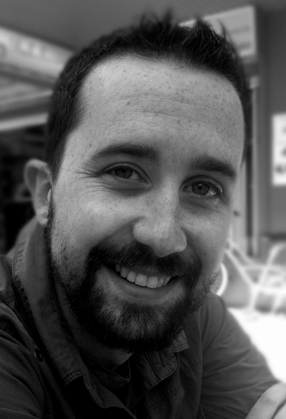 Andy Fernandez    Writer / Director